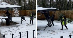 Der Vater will sein ein Witz im Schnee, aber ohne Erfolg